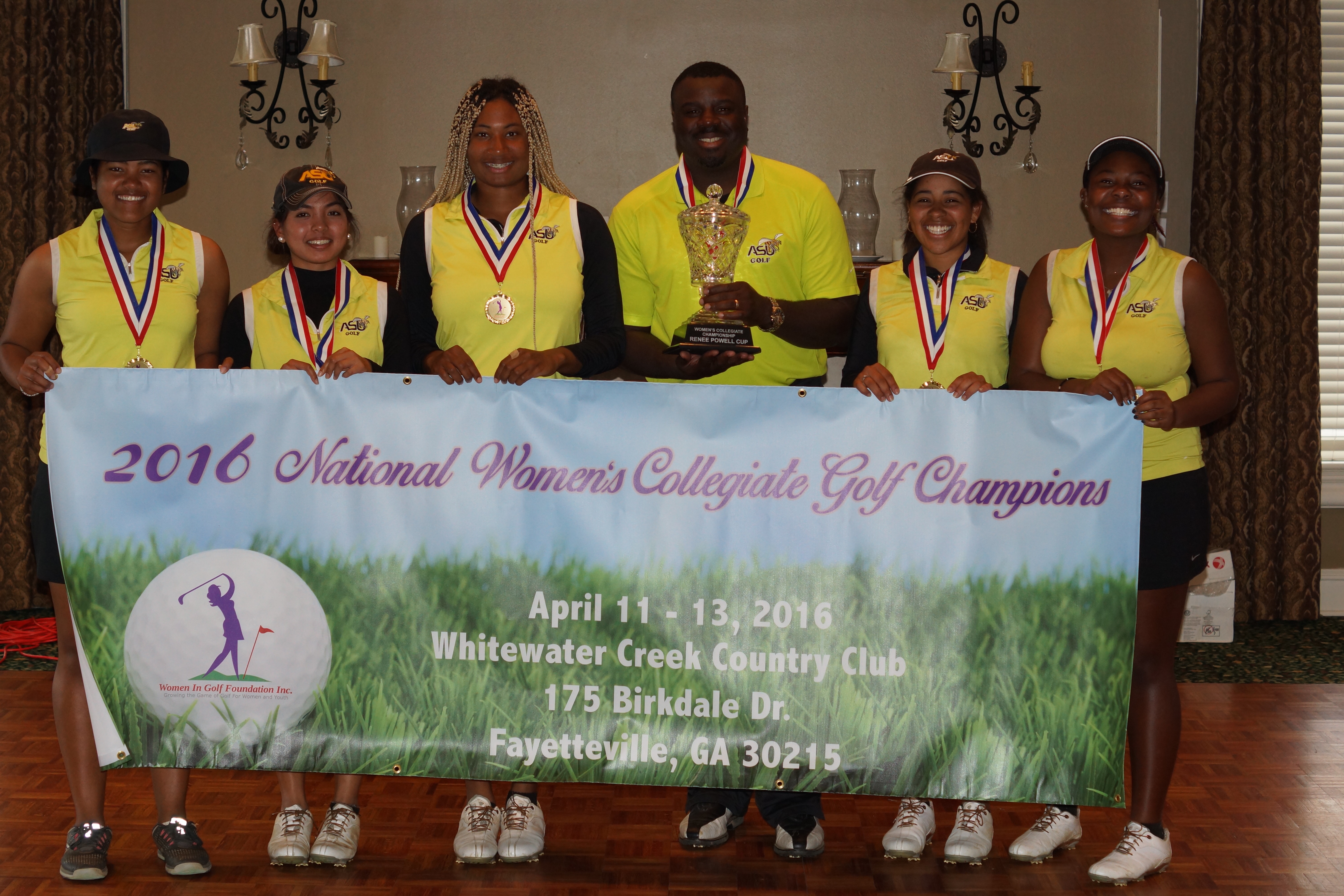 2016-national-womens-collegiate-golf-champions-3